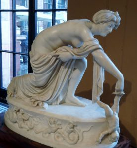 Thetis_dipping_Achilles_in_the_River_Styx_by_Thomas_Banks_02 (589x640)